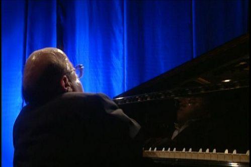 Michel Petrucciani: Non Stop Travels With Michel Petrucciani / Trio Live In Stuttgart (2007)  DVD9